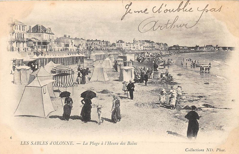 Photo ancienne de la plage des Sables d'Olonne