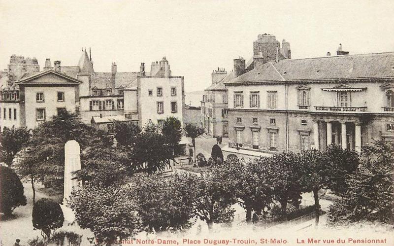 Carte postale ancienne vue du pensionnat Notre-Dame, Saint-Malo