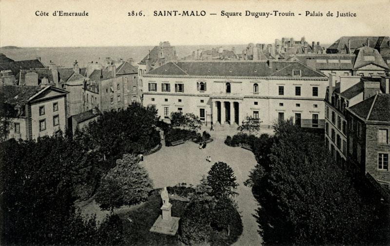 Ancienne carte postale de Saint-Malo, square Duguay-Trouin